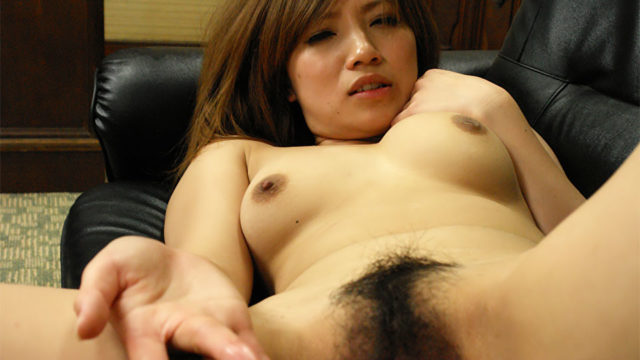 Scorching Slut Misaki Aiba Pays Together With Her Snatch