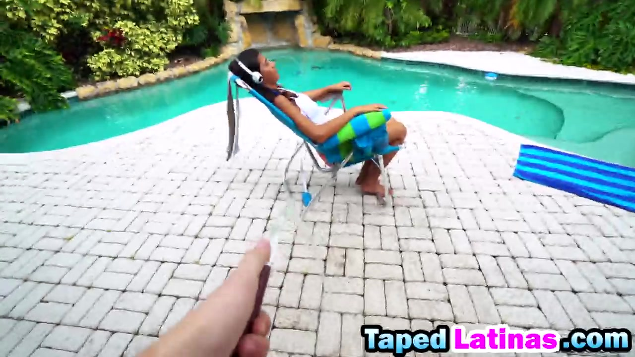 Victoria Valencia Rails Prick By Means Of The Pool