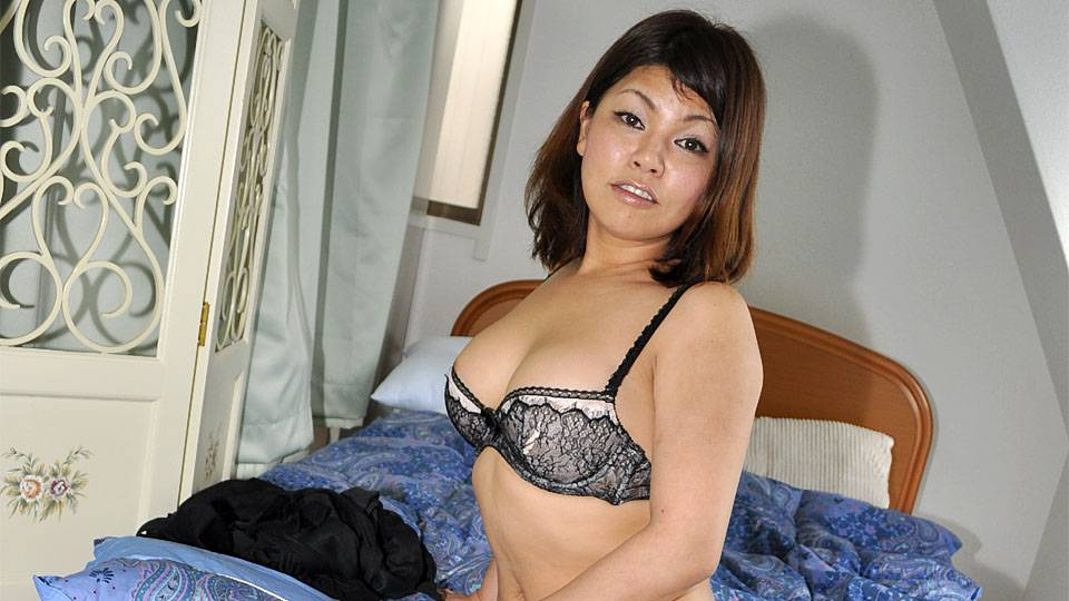 Ran Kobayakawa In Ran Kobayakawa Is A Married Lady Who Wishes A Bunch Of Naughty Lovemaking – Avidolz