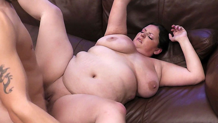 Bbw Cutie Snapped And Pulverized