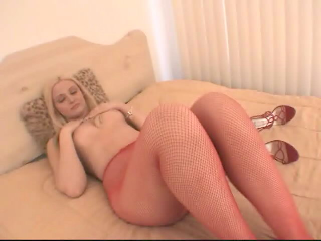 Panting Platinum-blonde Superslut In Crimson Tights Ariel Summer Season Showcasing Her Epic Bod
