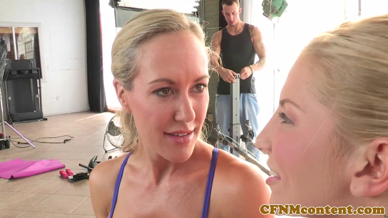 Cfnm Fetish Honeys Get Romped From Seat