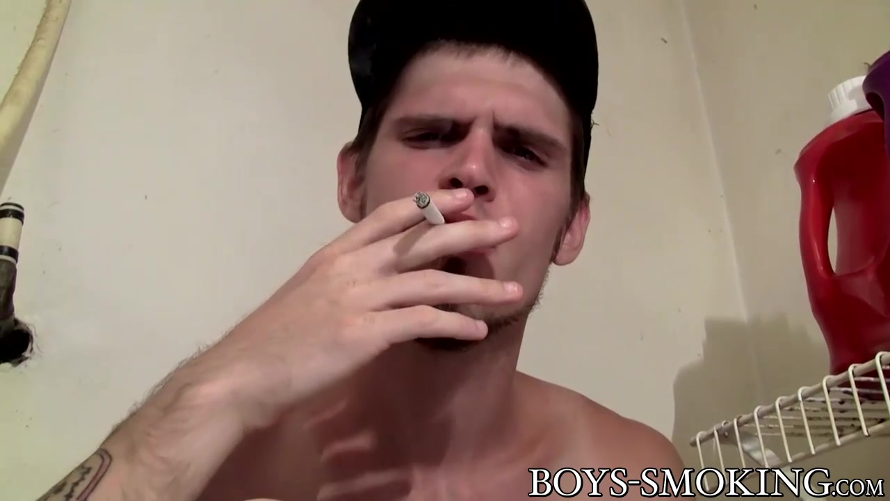 Nolan In Luxurious Nolan Luvs Tugging And Smoking Whilst Being By Myself – Boyssmoking