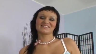 Czech Cougar With Giant All-natural Gongas Love Younger Stud