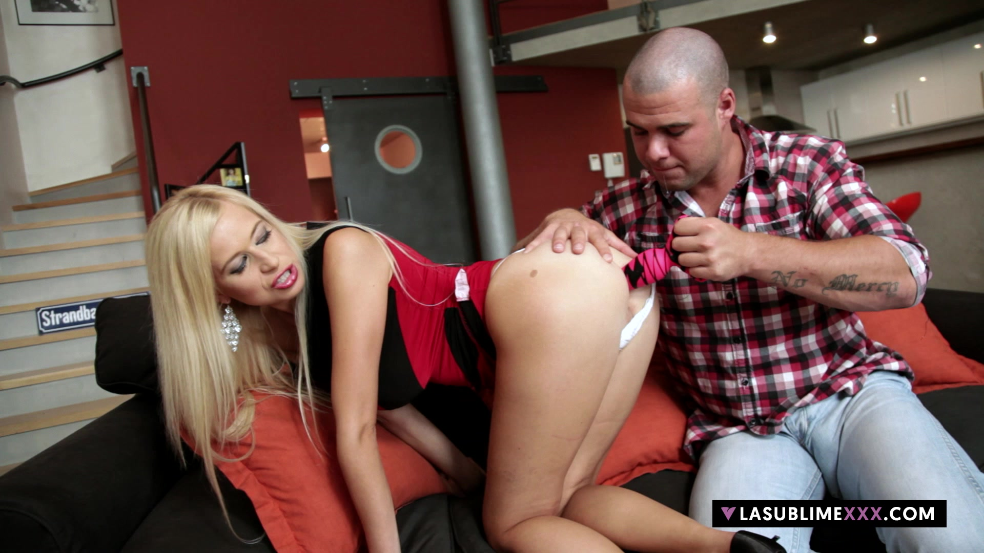 Lasublimexxx Anastasia Devine Will Get Meaty Fuck-stick In Her Backside