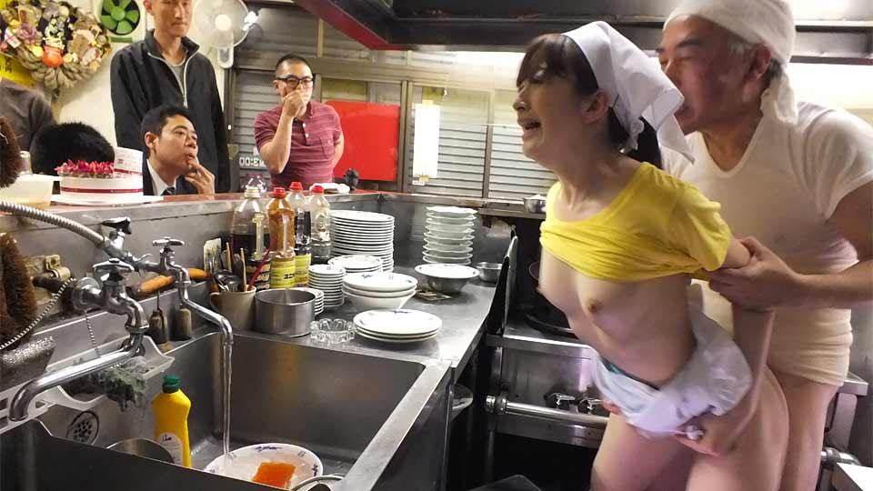 Mimi Asuka Porked In A Cafe In Public