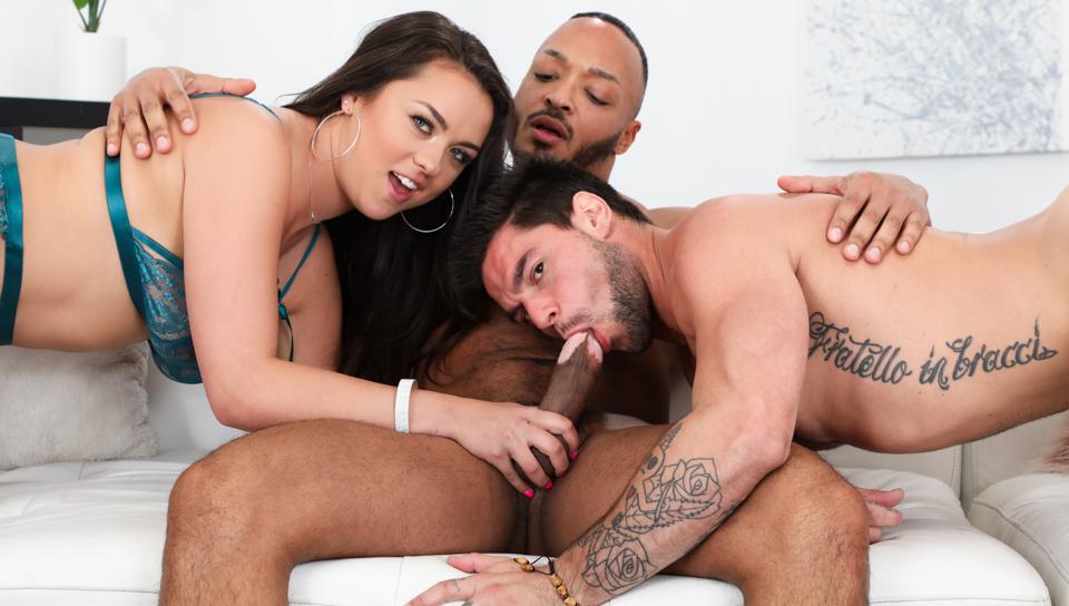 Pass Bisexous Or Pass House – Nicole Sage, Dillon Diaz & Aspen X